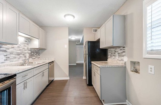 The Arbors Apartments kitchen